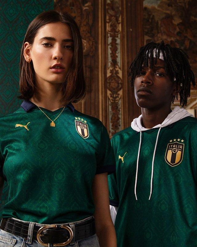 World Soccer Shop - official soccer jerseys, shirts, cleats